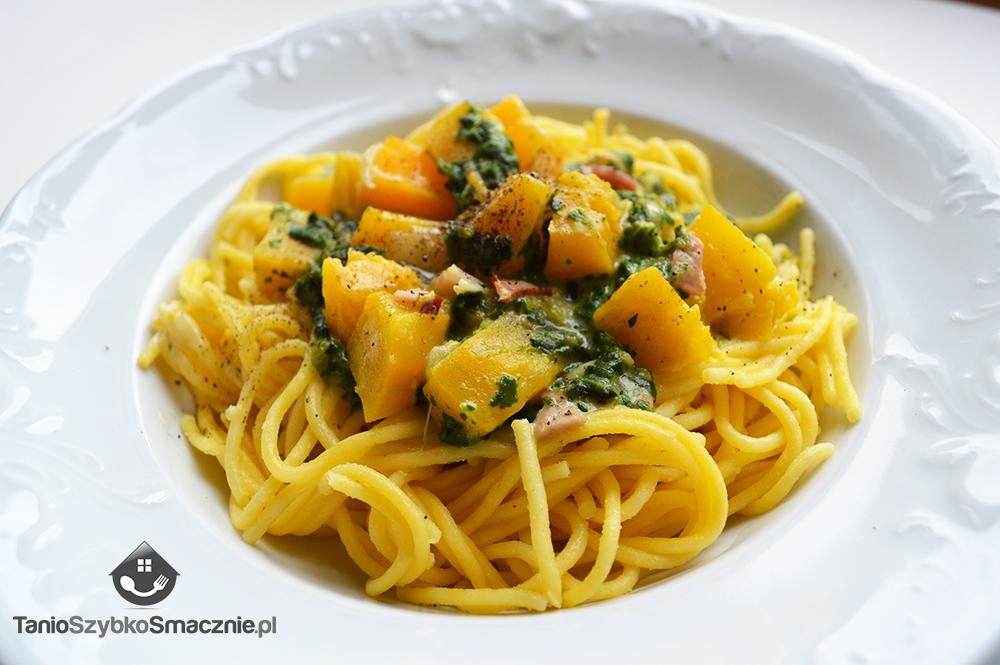 Spaghetti ze szpinakiem, dynią i boczkiem_03a