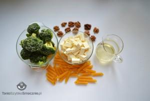 Penne z brokułami, orzechami i serem greckim_01a