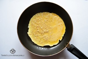 Omlet z fasolką szparagową i pomidorami_03a