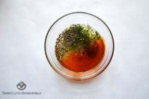 Sałatka z makaronu, brokułów i łososia_03a