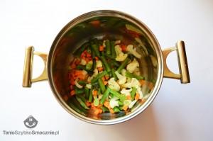 Szybka zupa jarzynowa z jajkiem i serem żółtym_02a