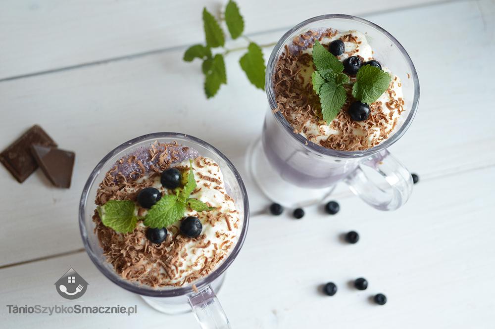 Kawa jagodowa z lodami waniliowymi_04a
