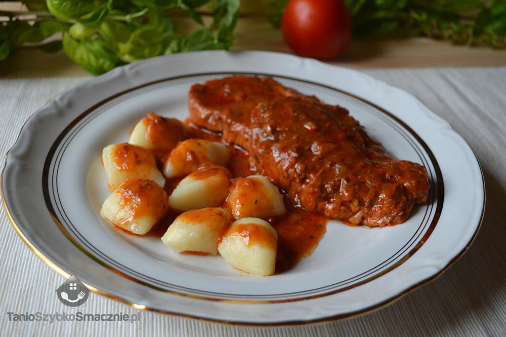 Karkówka w pomidorowym sosie_04a