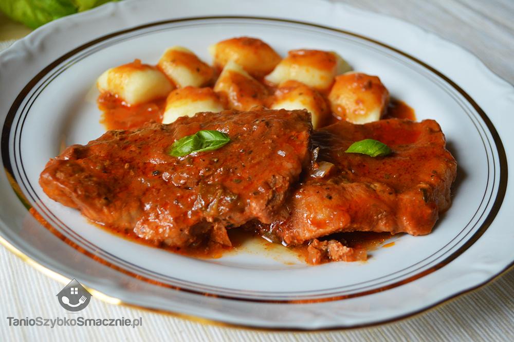 Karkówka w pomidorowym sosie_05a