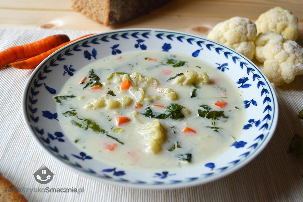 Zupa kalafiorowa ze szpinakiem_03a