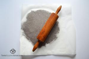 Tarta czekoladowa ze śliwkami_05a