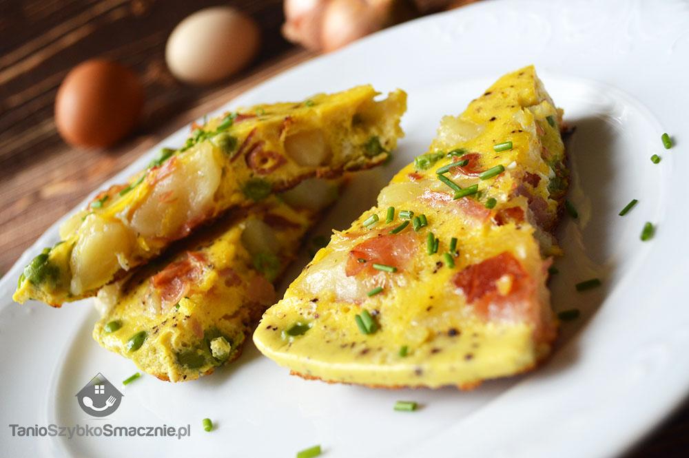 Omlet z kopytek z groszkiem i szynką_04a