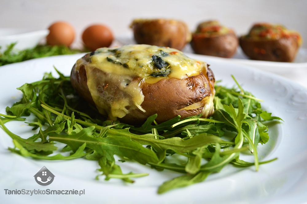 Ziemniaki zapiekane ze szpinakiem i pieczarkami w białym sosie_07a