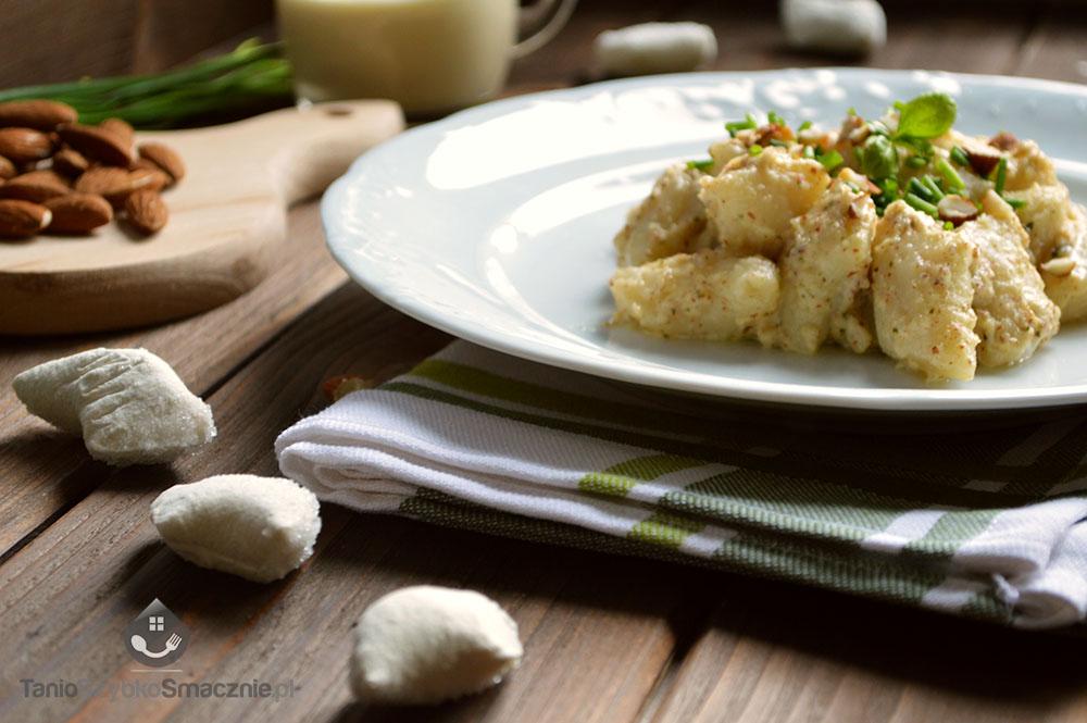 Pesto z bazylii, ricotty i migdałów_04a