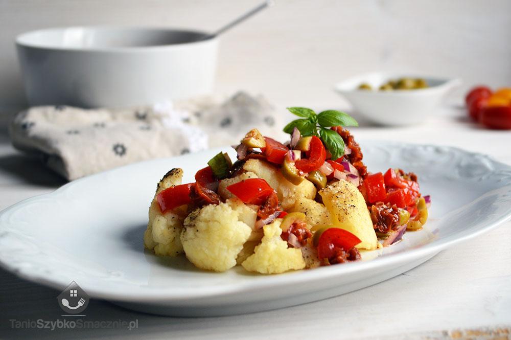 Kalafior z salsą pomidorowa_01a