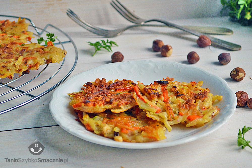 Placki z ziemniaków, włoszczyzny i orzechów laskowych_02a