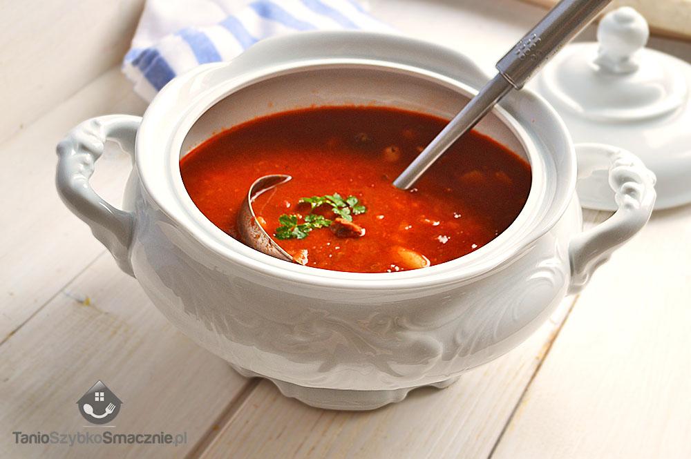 Zupa gulaszowa z kopytkami_01a